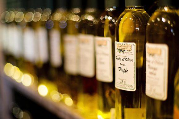 olive-oil-1433506_640